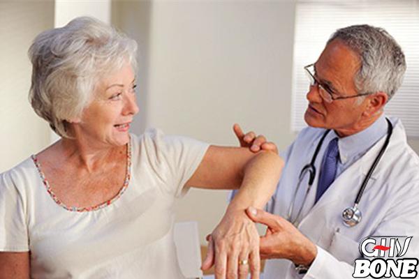 Ở Việt Nam hiện nay ước tính có hơn 80% người trên 65 tuổi bị đau nhức xương khớp
