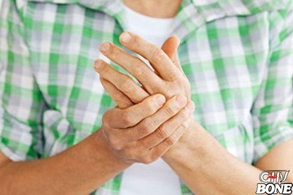Nguyên nhân và triệu chứng bệnh thấp khớp