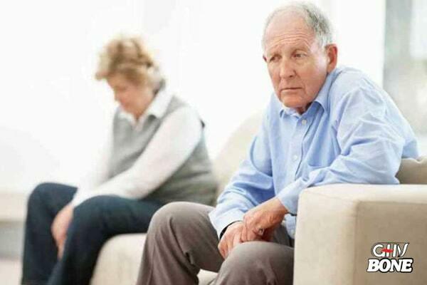 Viêm khớp gối cấp tính khiến tinh thần người bệnh giảm sút