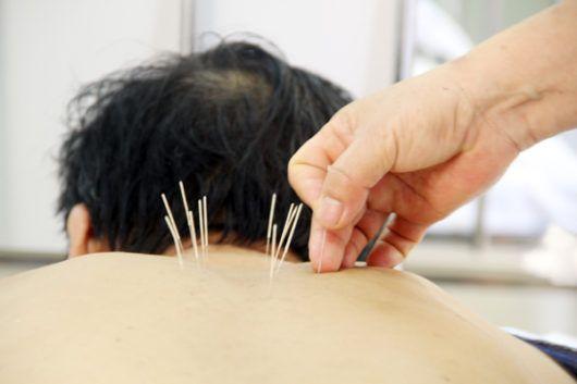 Đau khớp vai và cách chữa trị