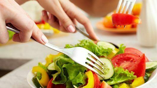 Chế độ dinh dưỡng cho người bị viêm đa khớp