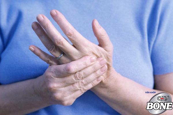 Bệnh viêm khớp xảy ra ở mọi lưới tuổi, giới tính