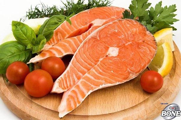 Thường xuyên bổ sung thịt- cá trong khẩu phần ăn của người bệnh thóa cột sống