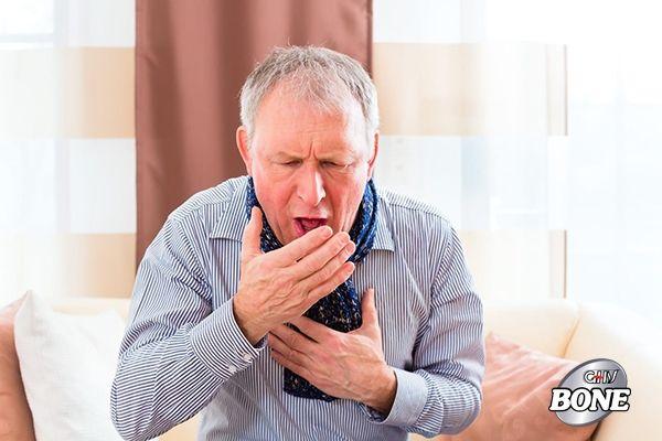 Viêm đa khớp có thể gây sẹo trên phổi, dẫn đến khó thở và ho