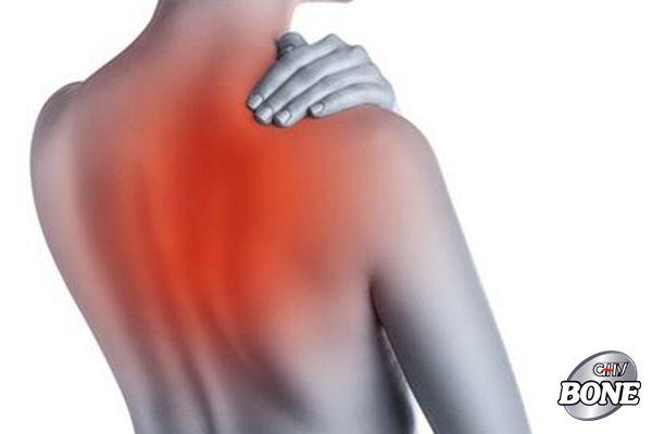 Có rất nhiều nguyên nhân dẫn đến đau vai