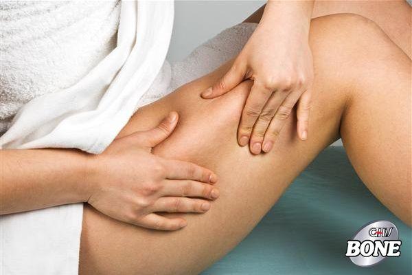 Nguyên nhân phổ biến gây đau đùi là do chấn thương cơ bắp