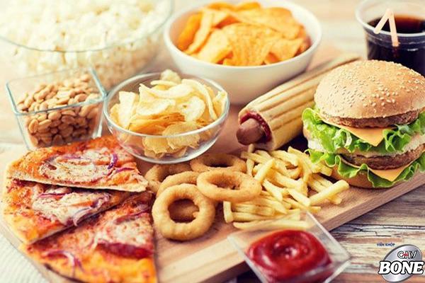 Đối với người thoái hóa cột sống cần tránh xa các loại đồ ăn nào?