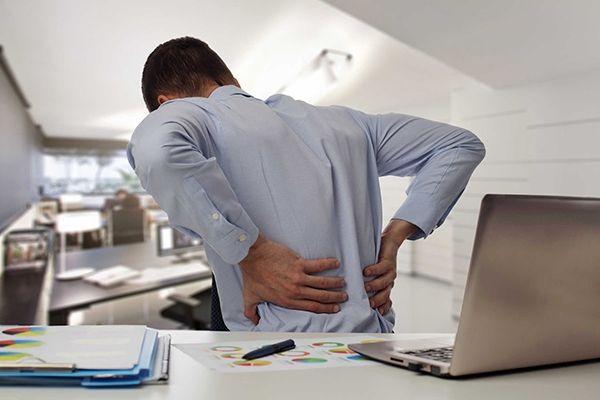 Gai cột sống gây ra những cơn đau thắt lưng