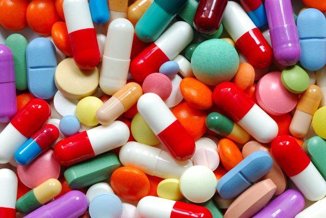 Sử dụng thuốc giúp hạn chế các triệu chứng và biến chứng nguy hiểm của bệnh viêm đa khớp