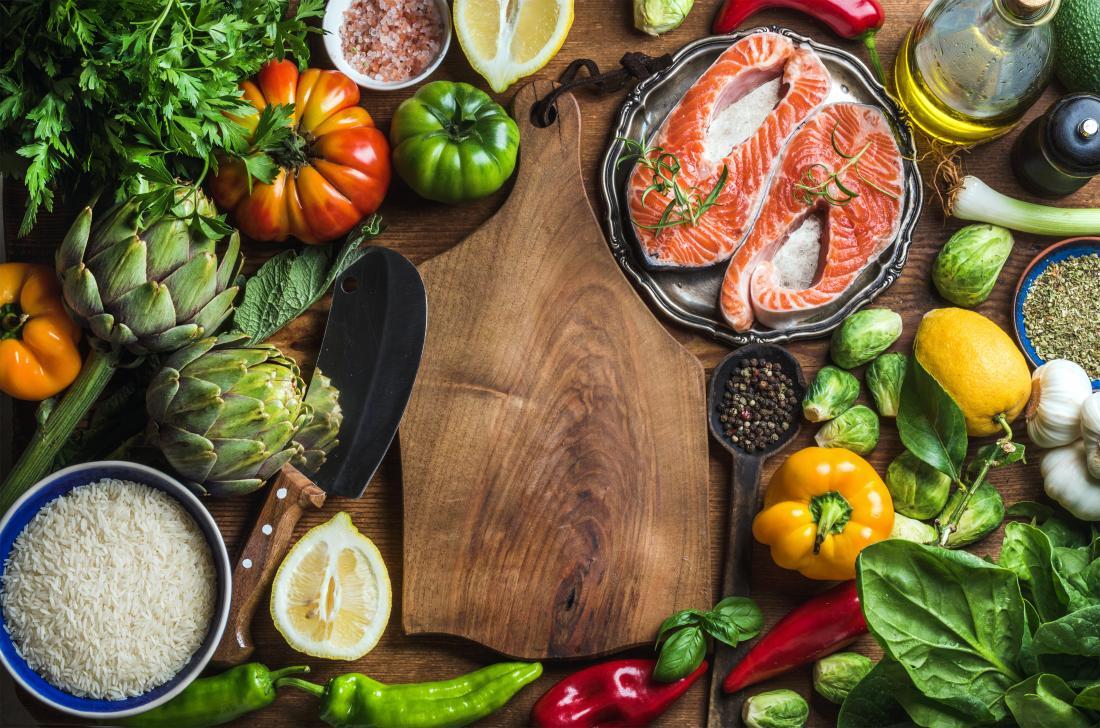 Chế độ ăn uống khoa học giúp hỗ trợ tích cực trong việc điều trị bệnh khô khớp