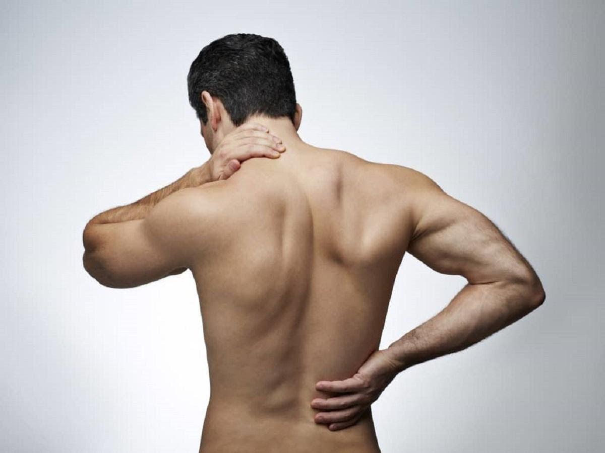 Đau thắt lưng khi quan hệ có thể là một bệnh lý khi ở độ tuổi trung niên