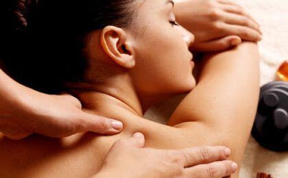 Ngủ sai tư thế – Một trong những nguyên nhân chính gây đau vai gáy