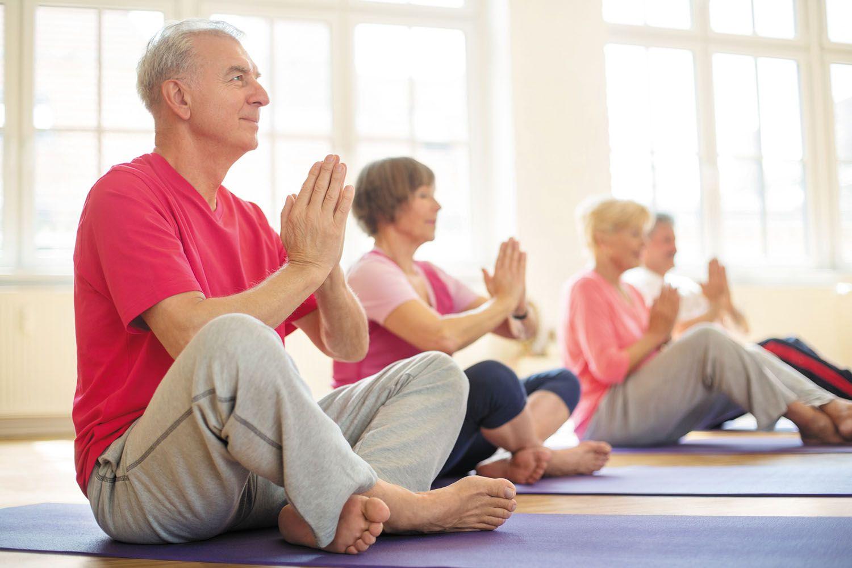 Tập Yoga tốt cho người bị gai cột sống lưng l5