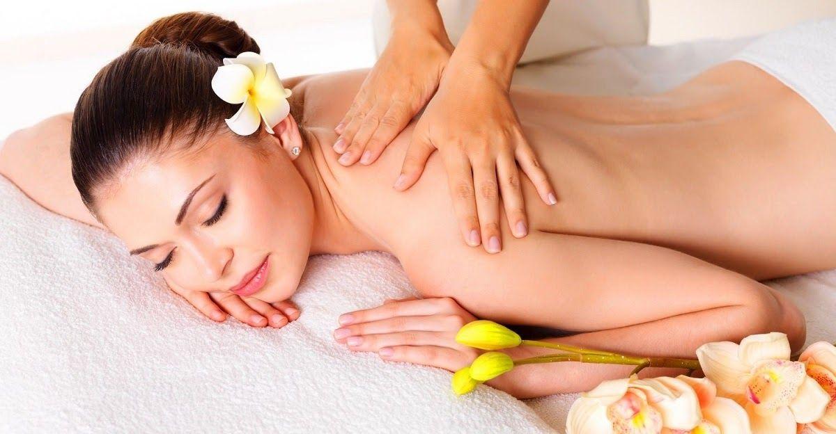 Xoa bóp bấm huyệt là một trong những phương pháp điều trị đau vai gáy hiệu quả