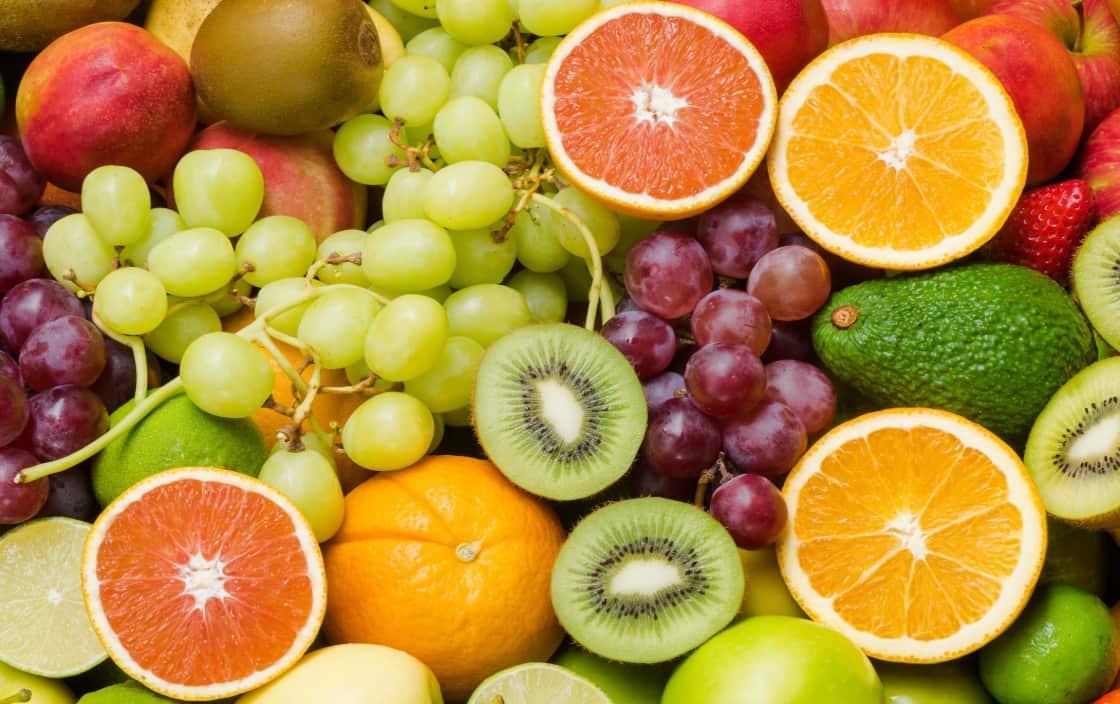 Theo một nghiên cứu, ăn nhiều vitamin C giúp làm giảm 30% nguy cơ mắc bệnh viêm khớp dạng thấp.