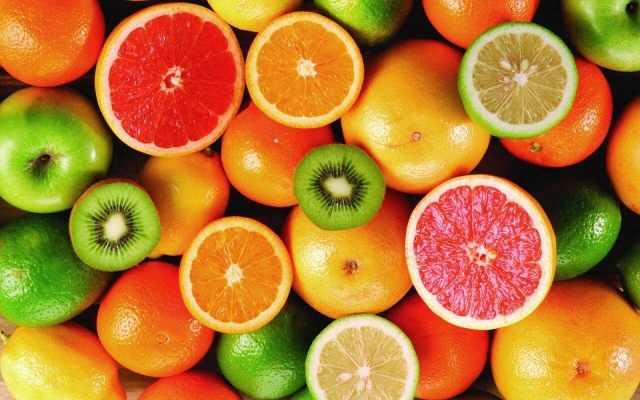 Bổ sung các loại trái cây giàu vitamin C, vitamin K góp phần tái tạo sụn khớp gối hiệu quả