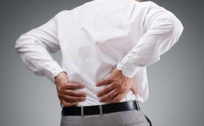 Thoái hóa cột sống thắt lưng có thể gây ra biến chứng nào?