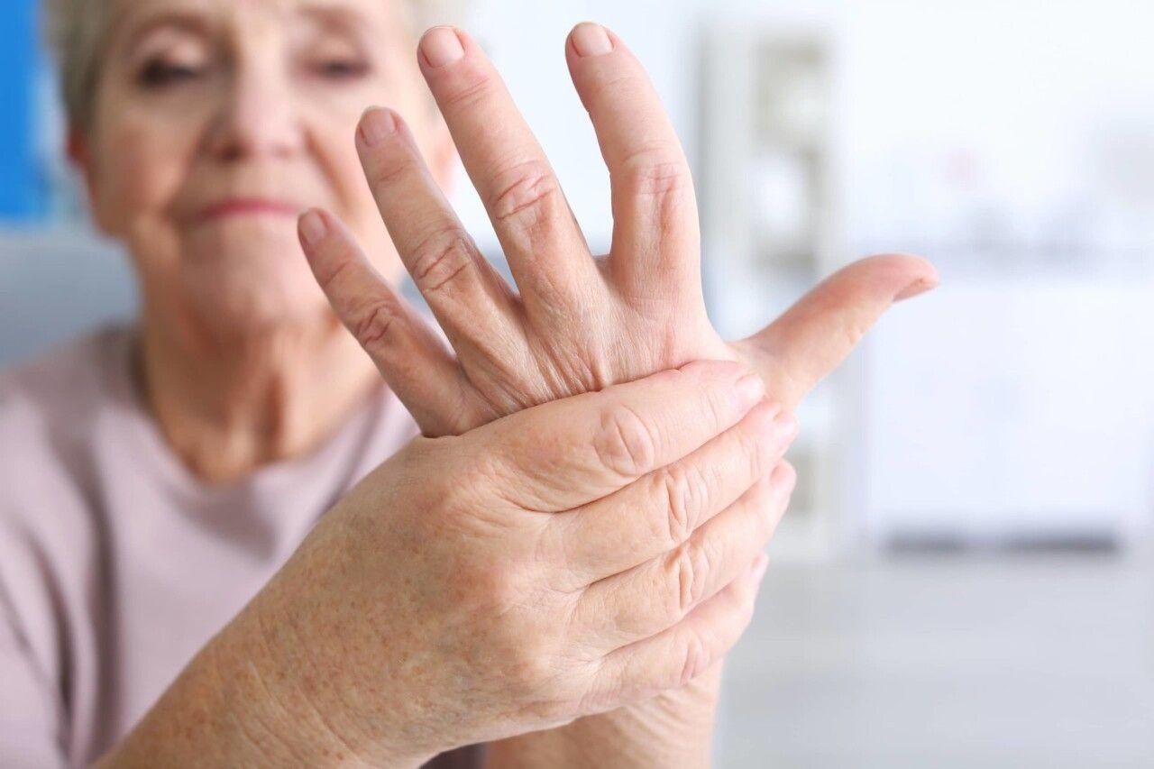 Viêm đa khớp dạng thấp là một căn bệnh xương khớp phổ biến