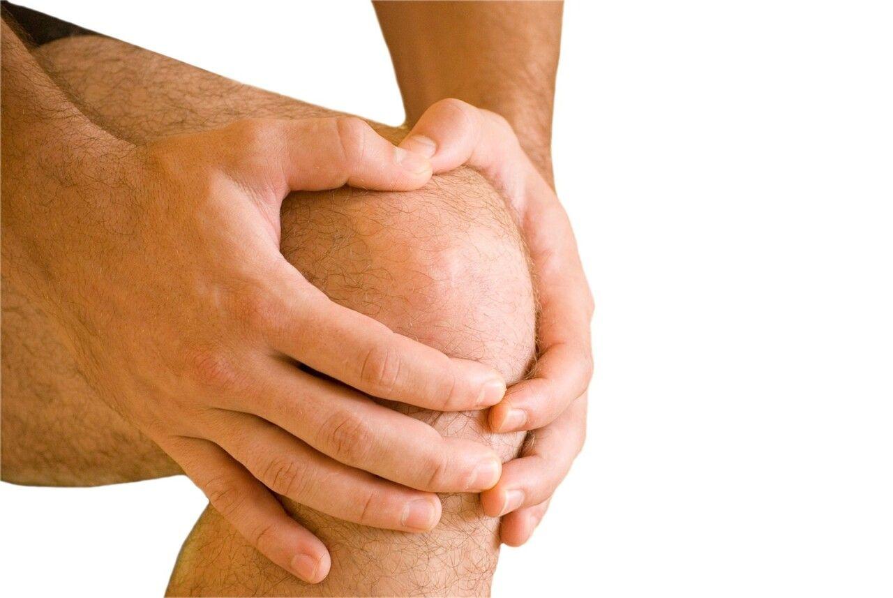 Biến dạng khớp gối là một trong những triệu chứng của viêm sụn khớp gối khi bệnh đã nặng