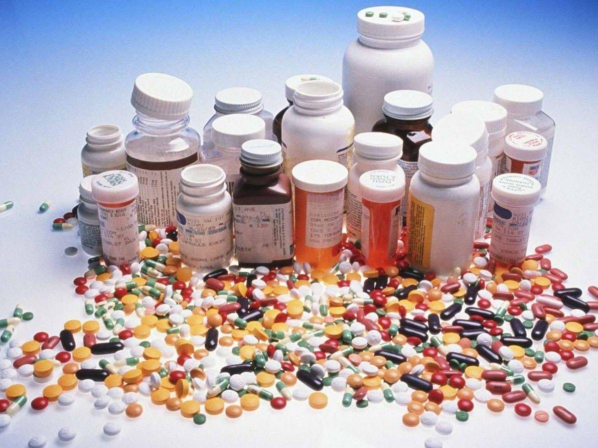Người bị thoái hóa khớp gối điều trị bằng thuốc tây thường hay gặp nhiều tác dụng phụ