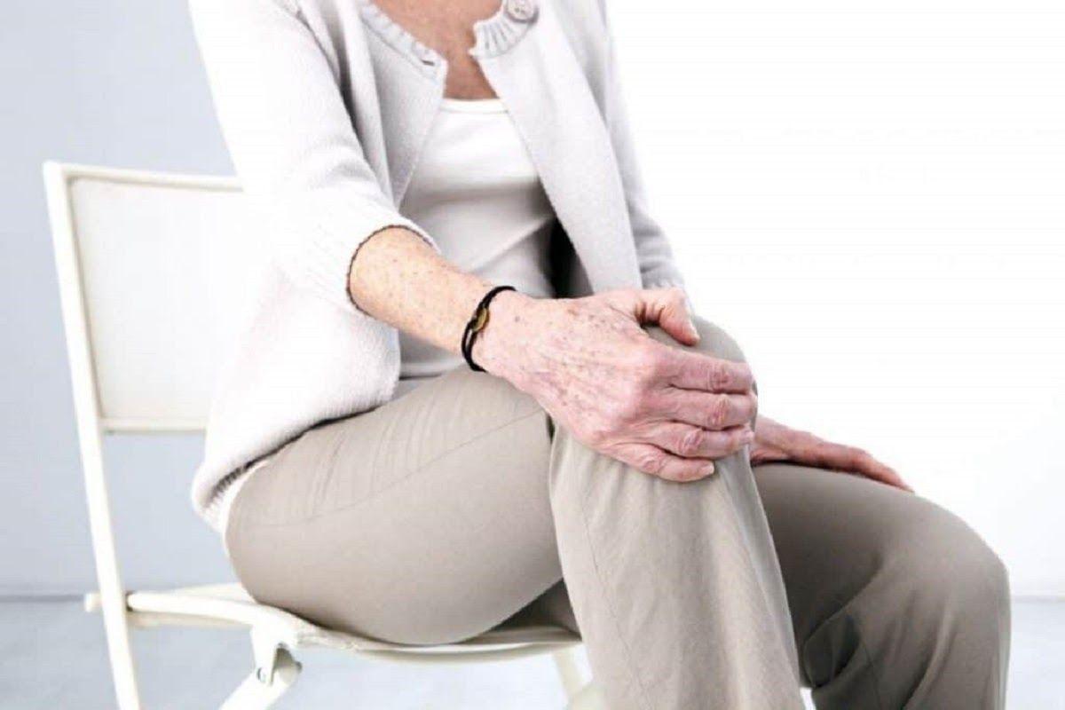 Người già là nhóm đối tượng phổ biến bị thoái hóa khớp gối