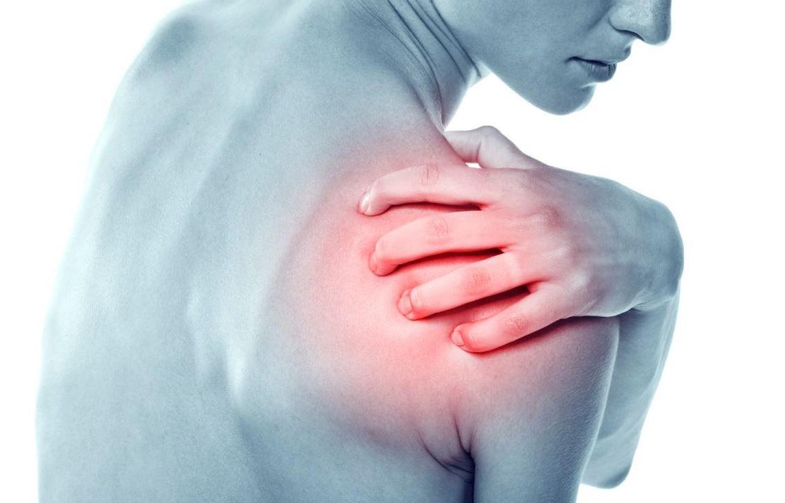 Rách sụn viền khớp vai do chấn thương