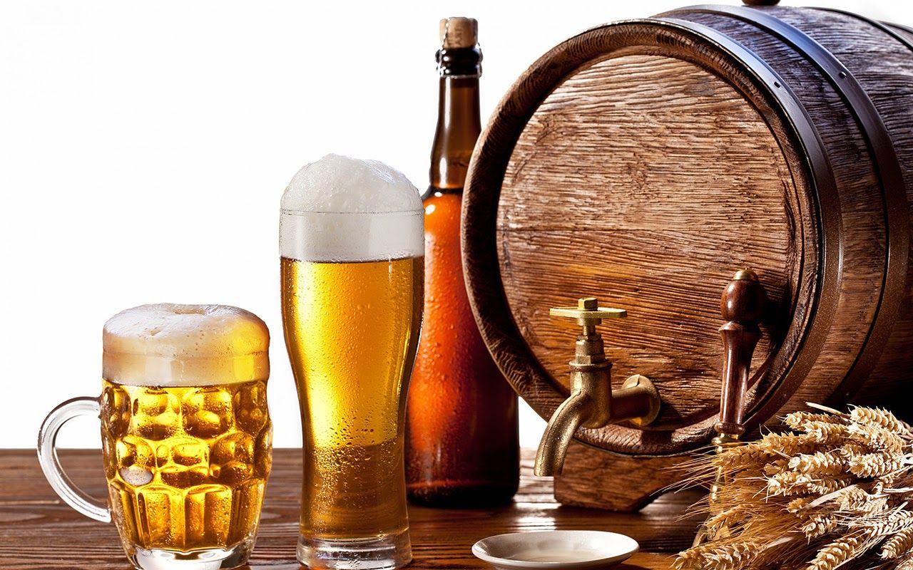 Người bị thoái hóa cột sống thắt lưng nên hạn chế tối đa rượu, bia