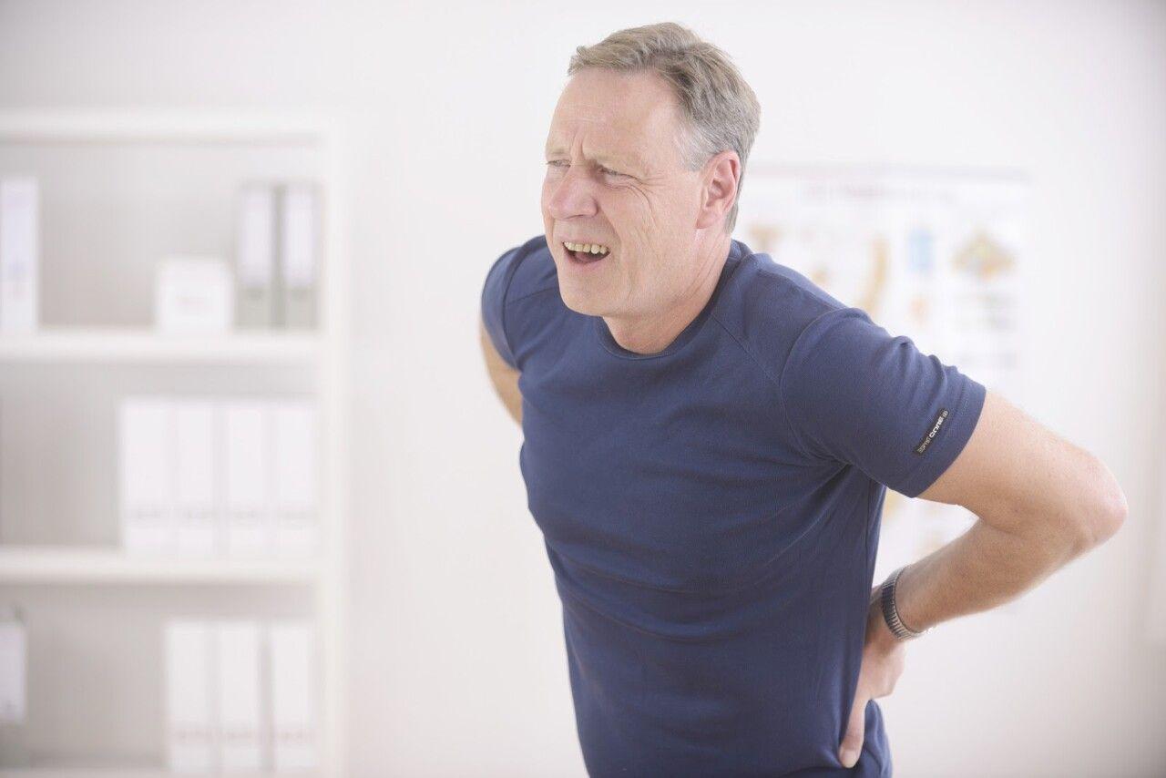 Có hơn 70% những người trên 40 tuổi được chẩn đoán mắc bệnh thoái hóa đốt sống lưng