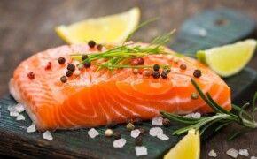 Người bị thoái hóa khớp gối nên ăn gì và kiêng gì?