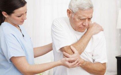 Thoái hóa khớp ở người già, những điều bạn cần biết