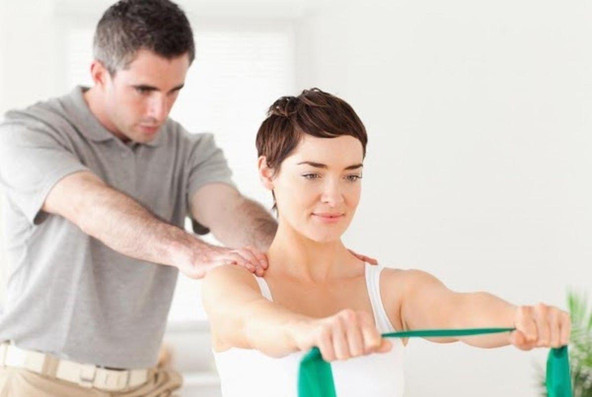 Vật lý trị liệu chữa thoát vị đĩa đệm cột sống thắt lưng