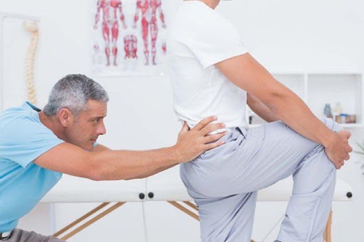 Tuổi tác cũng là nguyên nhân gây thoát vị đĩa đệm thắt lưng