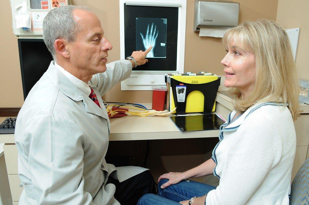 Cách điều trị bệnh viêm khớp dạng thấp hiện nay chỉ nhằm mục đích giảm viêm