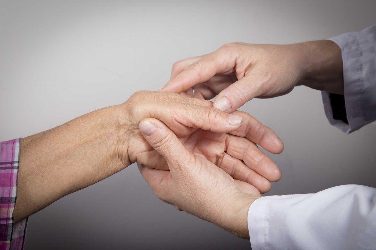 Khi có những biểu hiện bệnh bất thường nên nhanh chóng thăm khám để các bác sĩ