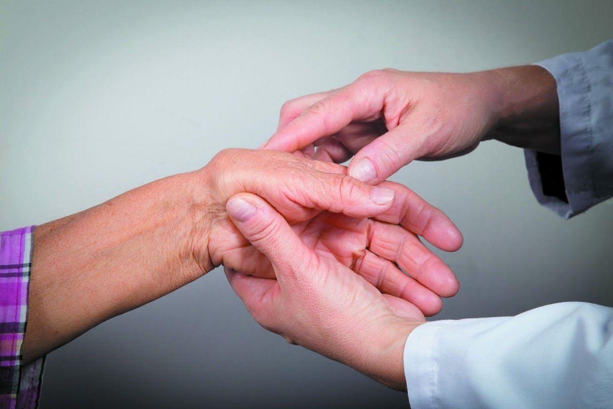 Bệnh viêm khớp mãn tính là nỗi ám ảnh của không ít người