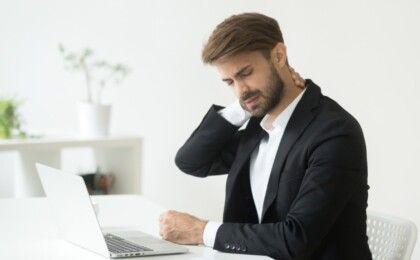 7 cách phòng tránh bệnh đau vai gáy cho dân văn phòng