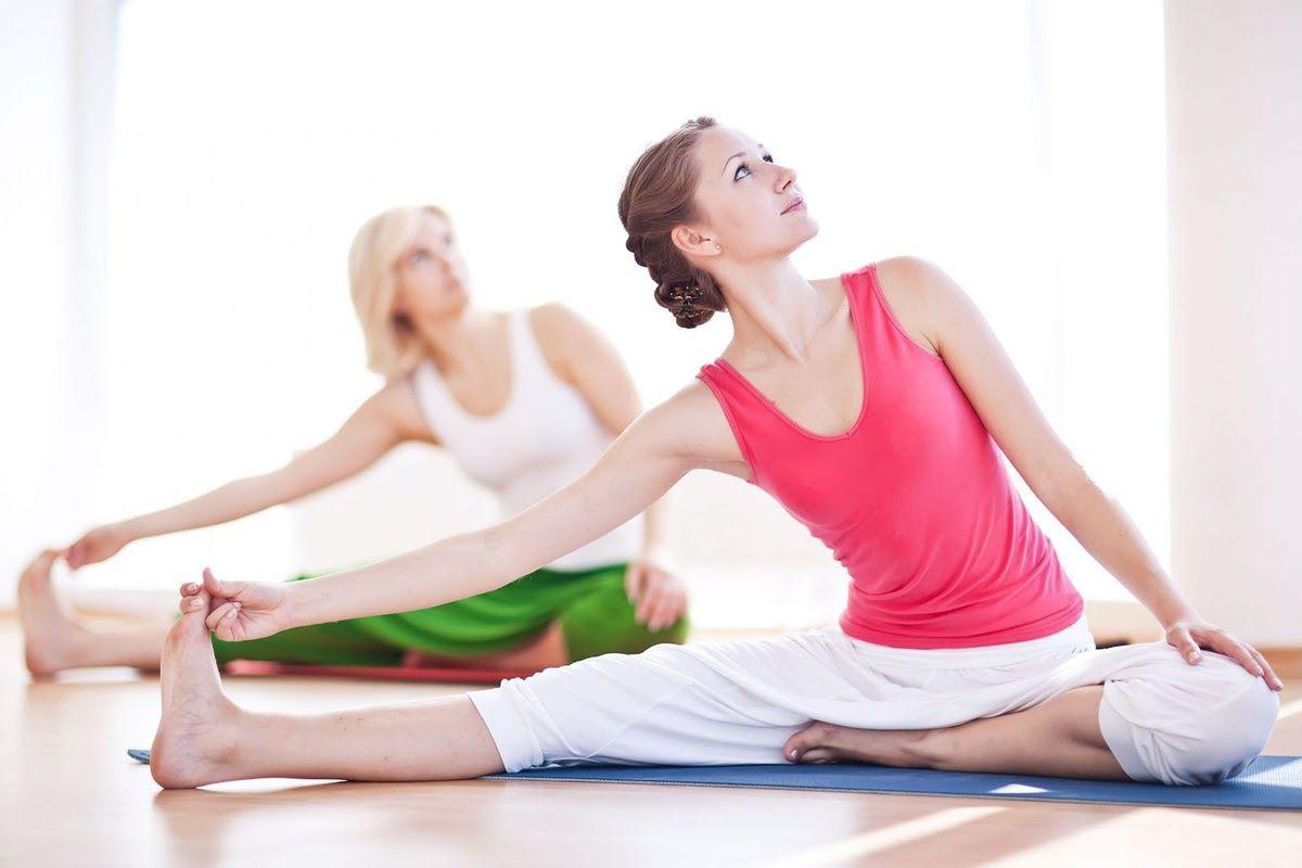 Yoga hoặc những bài tập thể dục nhẹ nhàng có thể giải quyết được tình trạng đau vai gáy khó thở