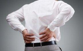 Làm gì khi gặp triệu chứng thoát vị đĩa đệm cột sống thắt lưng?