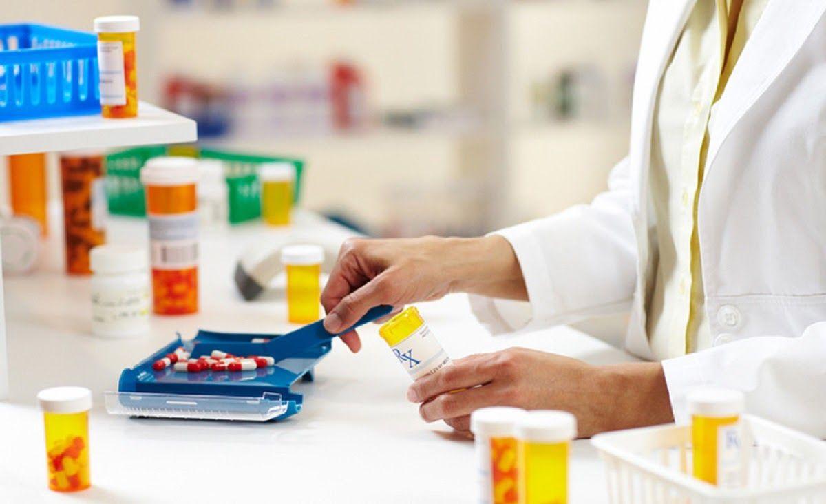 Một số loại thuốc giảm đau kháng viêm có thể được chỉ định để khắc phục triệu chứng viêm đau khớp cổ chân