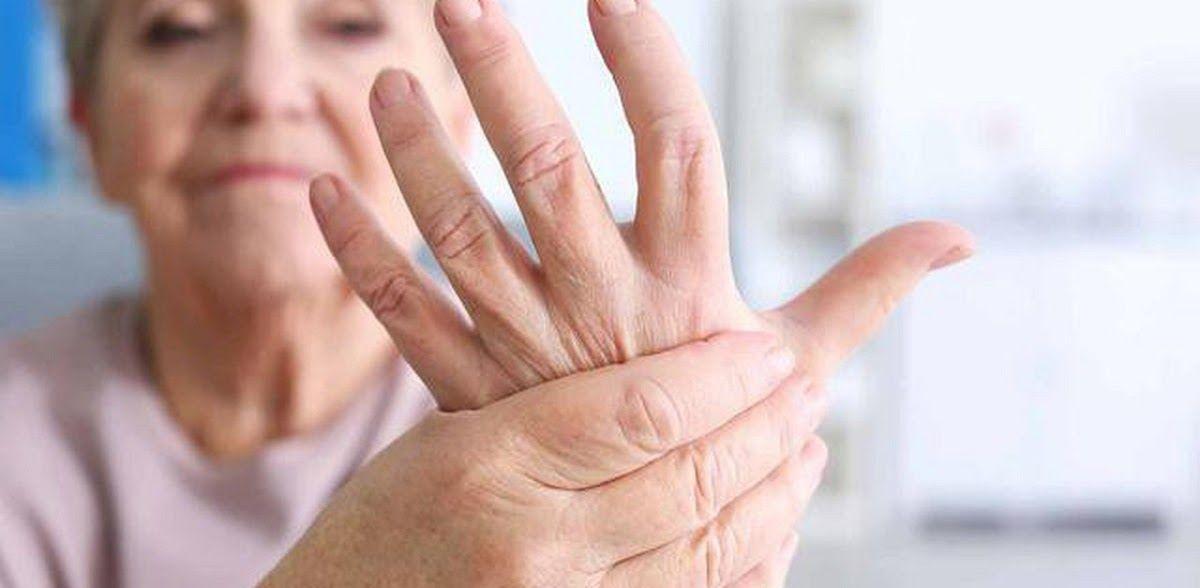 Biến chứng của viêm khớp dạng thấp rất khác nhau tùy thuộc vào nhiều yếu tố