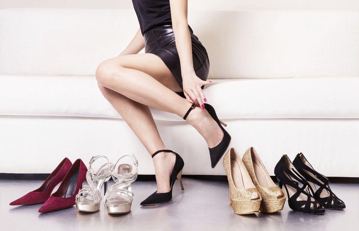 Không nên đi giày cao gót quá lâu để phòng ngừa thoái hóa khớp cổ chân