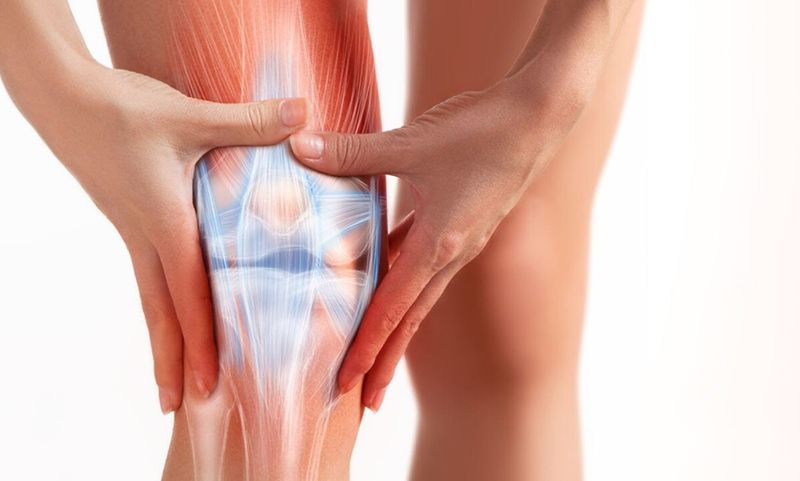 Thoái hóa khớp gối gây ảnh hưởng đến hoạt động hàng ngày của người bệnh