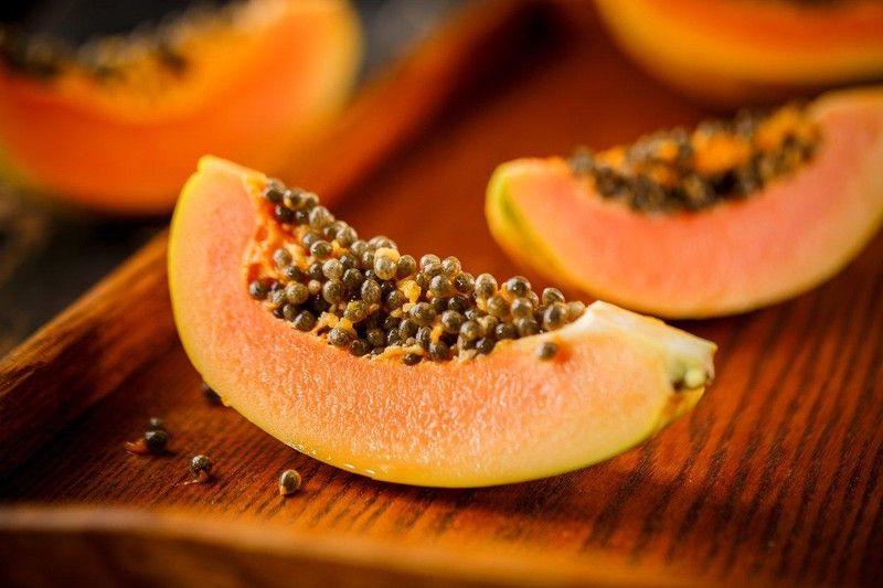 Hạt đu đủ được sử dụng như một vị thuốc dân gian tốt cho bệnh gai cột sống