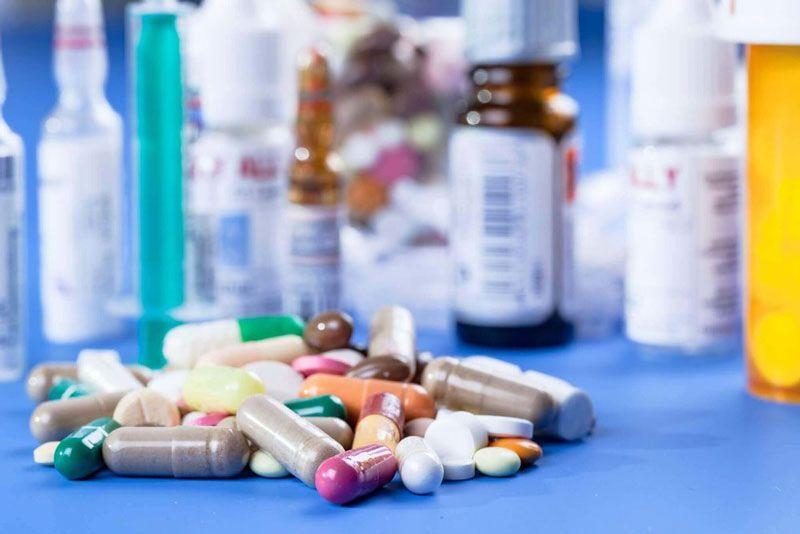 Giải đáp thắc mắc bị thoát vị đĩa đệm uống thuốc gì?
