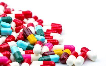 Khô khớp nên uống thuốc gì: Chuyên gia trả lời