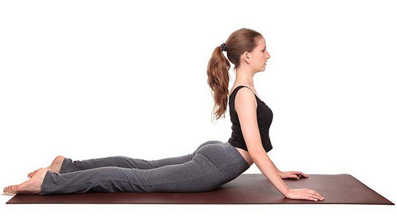 Tập yoga hỗ trợ điều trị thoái hóa cột sống thắt lưng