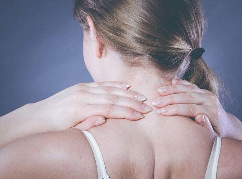 Sử dụng các phương pháp Đông y trong điều trị thoát vị đĩa đệm đốt sống cổ