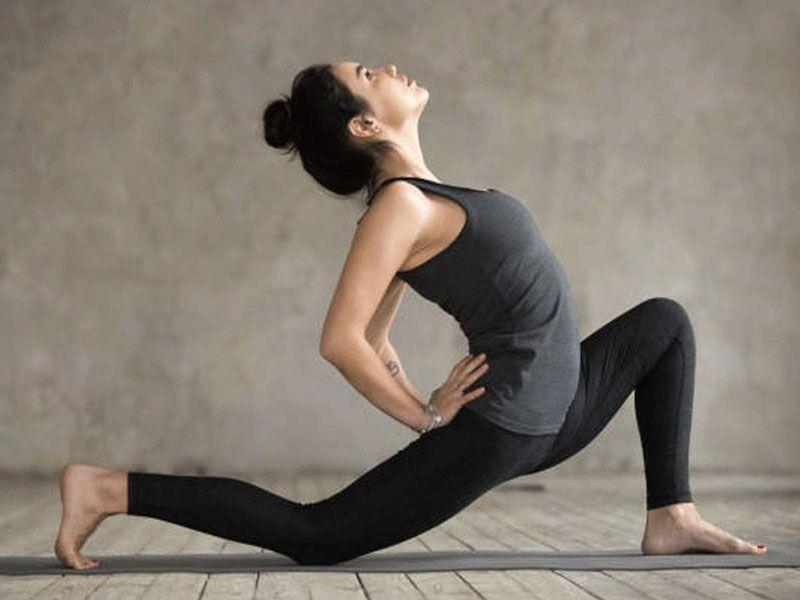 Tìm hiểu về người mắc thoát vị đĩa đệm có nên tập yoga không