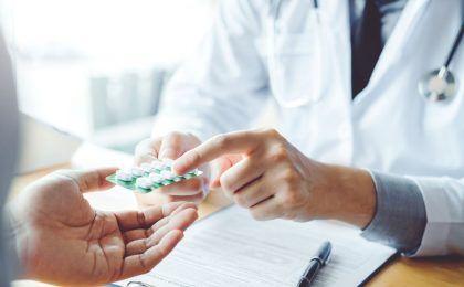 Bị khô khớp nên uống thuốc gì nhanh khỏi bệnh