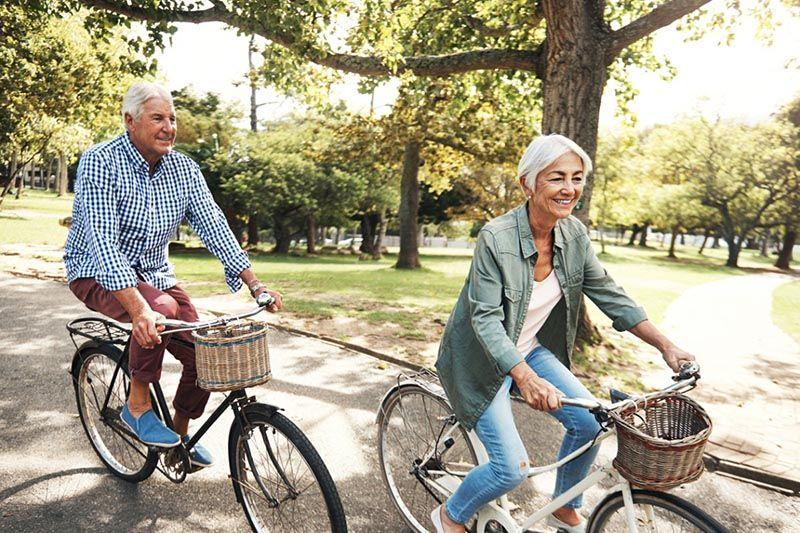 Đạp xe 30 phút mỗi ngày hỗ trợ điều trị bệnh thoái hóa khớp